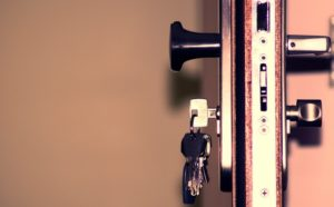 איבדתם את המפתחות של הרכב או הבית? זה הזמן הזמין מנעולן